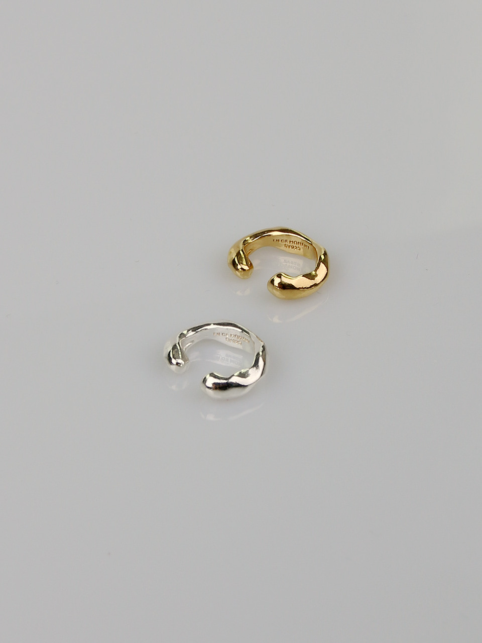 Wave Thin Ear Cuff
