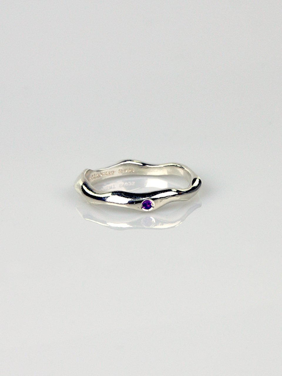 Amethyst - Wave Thin Ring